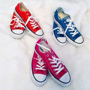 CONVERSE ALL STAR SHOES SET